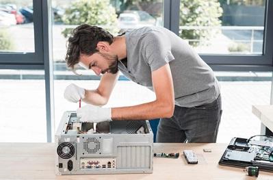 טכנאי מחשבים עד הבית קראו חוות דעת על טכנאי מחשבים